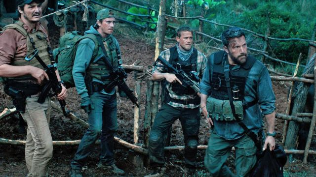 Crye Precision Tactical Pants worn by William 'Ironhead' Miller (Charlie Hunnam) as seen in Triple Frontier