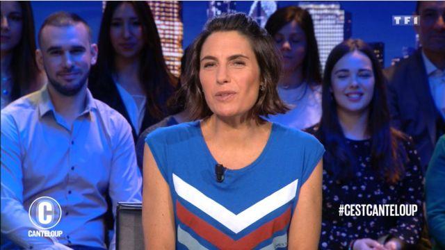 Le top à bandes chevrons de Alessandra Sublet dans C'est Canteloup du 03/04/2019