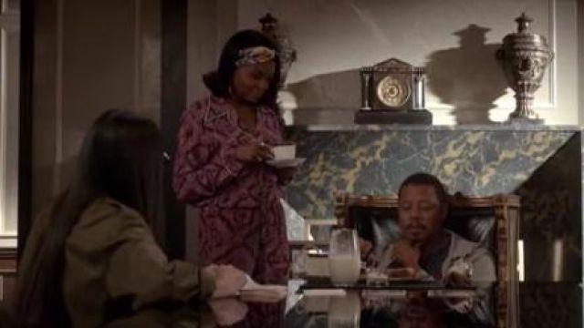 Gucci Romain Imprimé Pantalon en Soie porté par les témoins Lyon (Taraji P. Henson) dans l'Empire (S04E02)