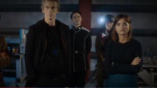 Claudie Pierlot de Pétoncles de la Garniture de Jupe portée par Clara (Jenna Coleman) dans Doctor Who (S09E09)