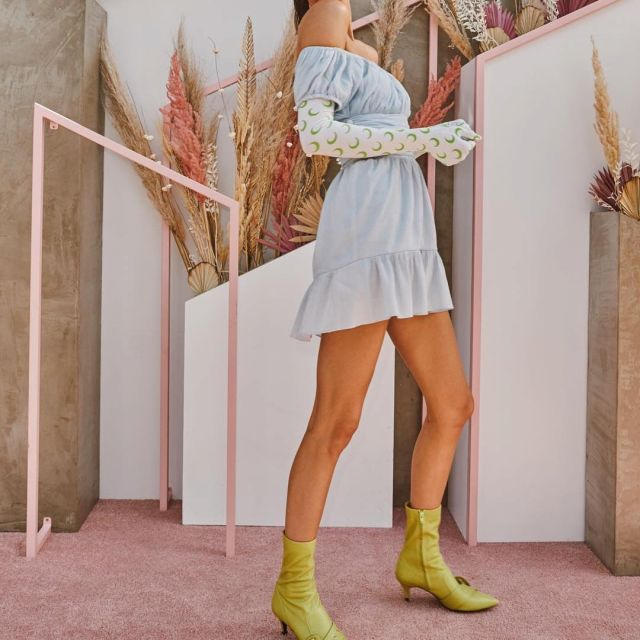 Nina Zarqua AW19 chaton talon des bottes portées par Kendall Jenner au Coachella Festival, le 14 avril 2019