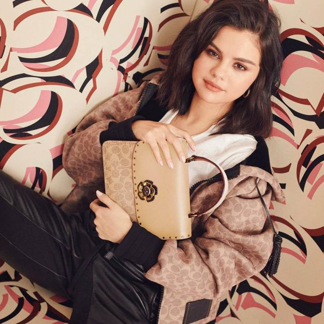 Le sac à anse Coach de Selena Gomez sur son compte Instagram @selenagomez