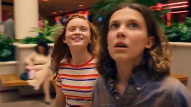 Max Mayfield's (Sadie Sink) striped tee as seen in Stranger Things season 3