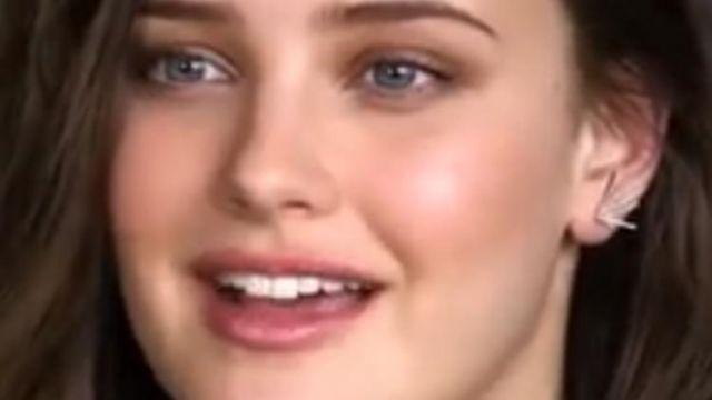 Hannah Baker's (Katherine Langford) earrings as seen in 13 Reasons Why