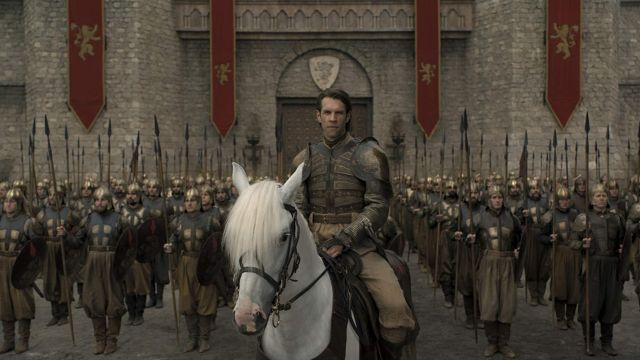 Lannister banner as seen in Game of Thrones (S08E05)