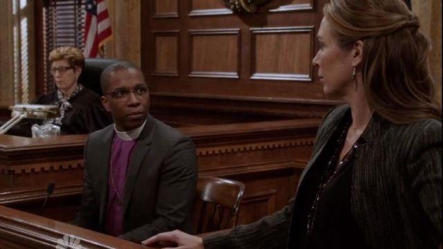Beads Me Green Teardrop Swarovski Crystal Earrings worn by Rita Calhoun (Elizabeth Marvel) in Law & Order: Special Victims Unit (S16E08)