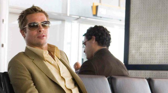 Sunglasses Oliver Peoples Robert Ryan / Rusty (Brad Pitt) in Ocean's Thirteen | Spotern