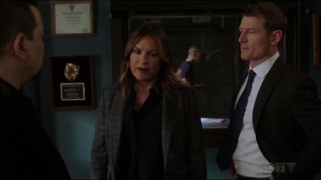 Rag & Bone Lexington Blazer worn by Olivia Benson (Mariska Hargitay) in Law & Order: Special Victims Unit (S20E22)