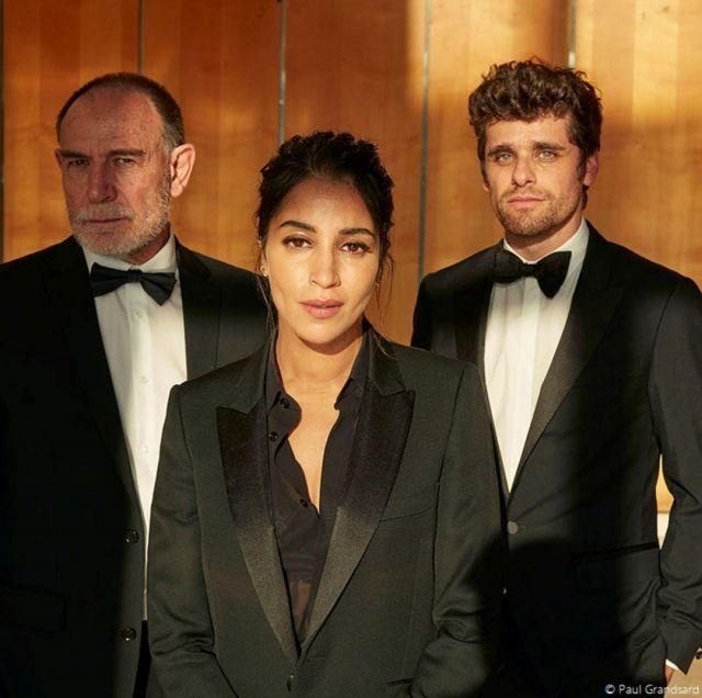 Le blazer noir revers satin porté par Leïla Bekhti au festival de Cannes 2019