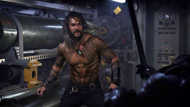 Arthur / Aquaman's (Jason Momoa) leather bracers as seen in Aquaman