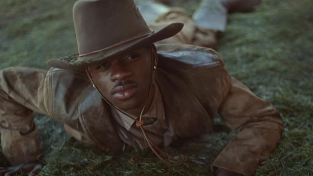 The leather coat clear worn by Lil Sin X in his video clip Old Town Road feat. Billy Ray Cyrus
