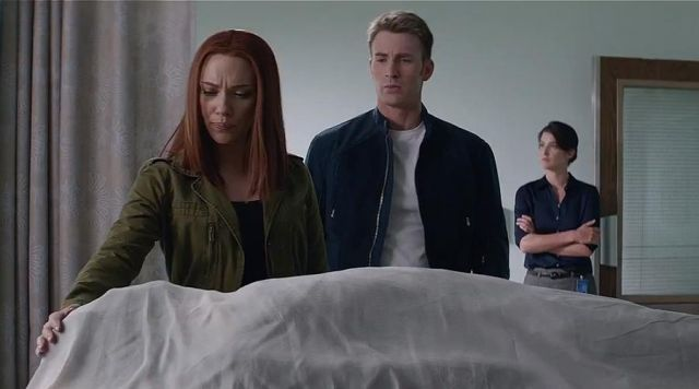 The wig Natasha Romanoffs (Scarlett Johansson) in Captain America : The Soldier Winter