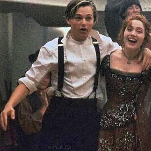 The straps of the overalls of Leonardo DiCaprio on the account instagram @lifestylesof90s