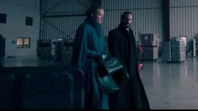 Longline green Coat worn by Serena Joy Waterford (Yvonne Strahovski) in The Handmaid's Tale (S03E05)