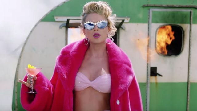Rad + Re­fi­ned Crys­tal Em­bel­li­shed Sun­glasses worn by Taylor Swift as seen in her You Need To Calm Down music video