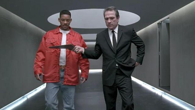 Jay's (Will Smith) red windbreaker as seen in Men in Black