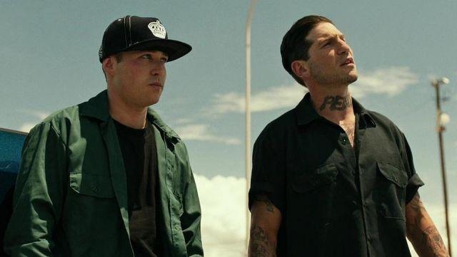 The black shirt with short sleeves Frank 'Shotgun' (Jon Bernthal) in Shot Caller