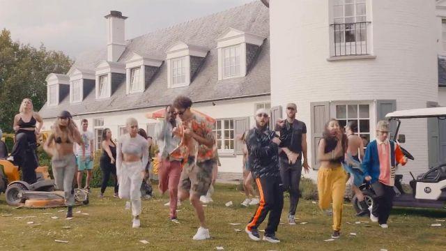 Le pantalon Palm Angels de Caballero dans le clip Challenge de Caballero & JeanJass