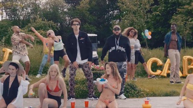 Le sweatshirt Palm Angels porté par Caballero dans le clip Challenge de Caballero & JeanJass