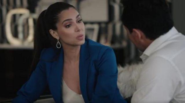 Milly Boxy Blazer Jacket Worn By Gigi Mendoza Roselyn Sanchez In Grand Hotel S01e05 Spotern