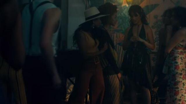 Camila Cabello's dress in music video  Shawn Mendes, Camila Cabello - Señorita