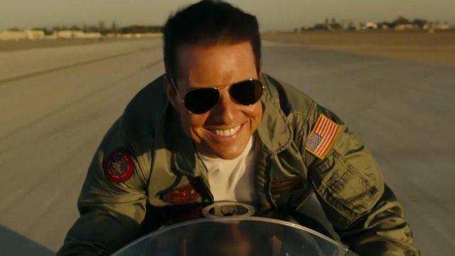 Ray-Ban Aviator Sunglasses worn by Pete Mitchell (Tom Cruise) in Top Gun: Maverick