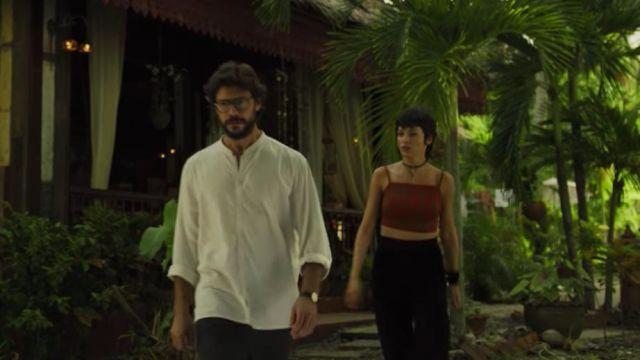 White shirt with long sleeve worn by El Profesor (Álvaro