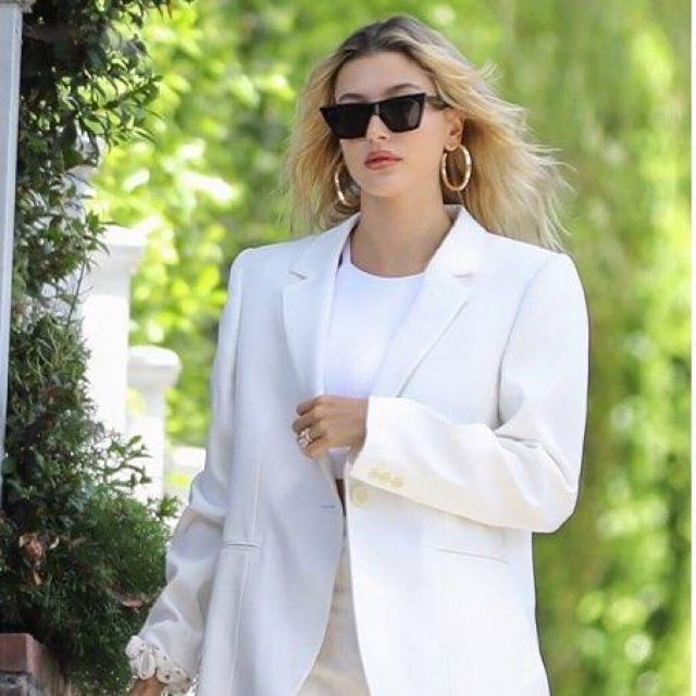 Celine  Edge Sunglasses worn by Hailey Rhode Bieber Los Angeles July 28, 2019
