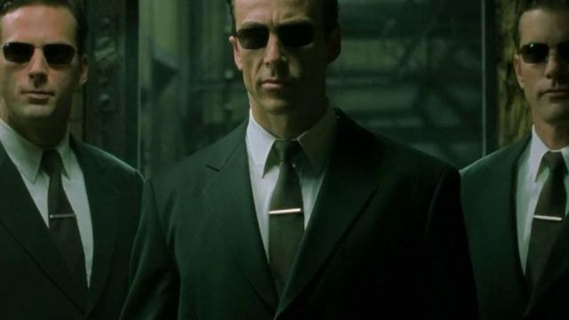 Blinde 4004 sunglasses worn by Agents as seen in The Matrix Reloaded