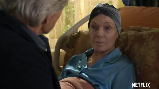 Blue Satin Pajamas worn by Eileen (Susan Sullivan) in The Kominsky Method (S01E01)