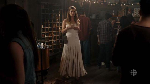 Blanc Frange Maxi Robe de Alexis Rose (Annie Murphy) dans Schitt s Creek (Saison 02 Episode 13)