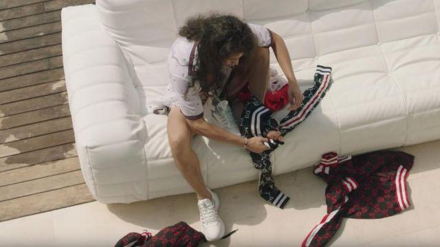 Le pantalon de jogging Gucci jacquard GG noir et rouge de Moha La Squale dans son clip Ma belle