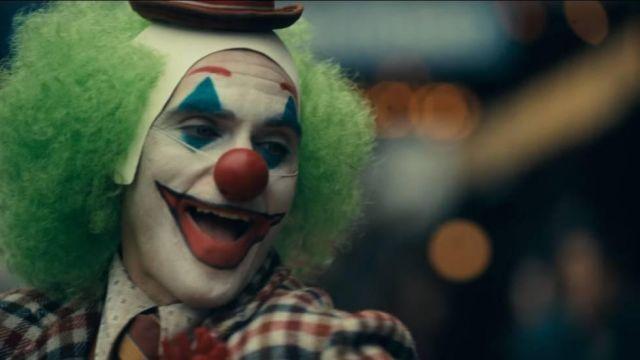The wig clown green of Arthur Fleck / Joker (Joaquin Phoenix
