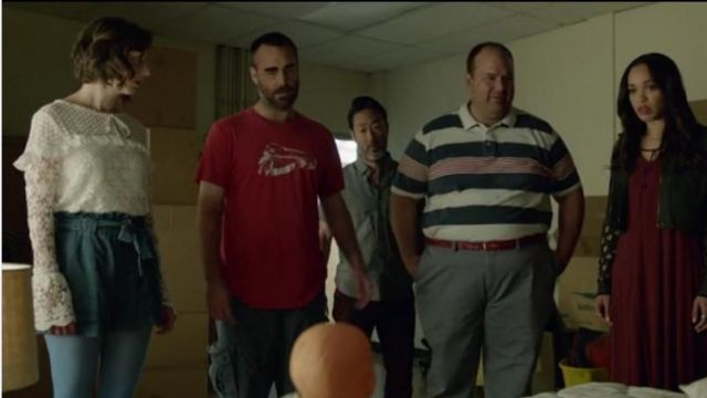 H&M Chambray Denim Tie Up Shorts worn by Carol Pilbasian (Kristen Schaal) in The Last Man on Earth (Season 03 Episode 08)