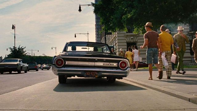 1964 Ford Galaxie 500 driven by Young Agent K (Josh Brolin) in Men in Black 3