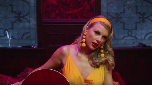 Yellow headband worn by Taylor Swift in Taylor Swift - Lover