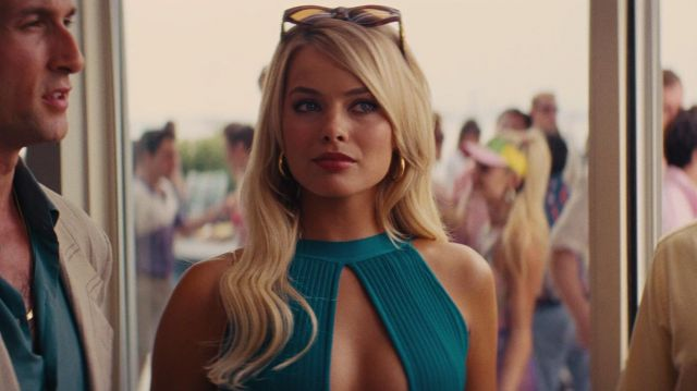 Versace sunglasses worn by Naomi Lapaglia (Margot Robbie) in The Wolf of Wall Street
