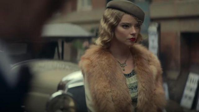 La robe verte de Gina Gray (Anya Taylor-Joy) dans Peaky Blinders (S05E02)