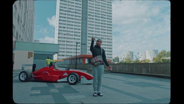 Le bonnet Louis Vuitton porté par Zola dans son clip Fuckboi