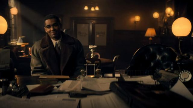 The mantle of Ben Younger (Kingsley Ben-Adir) in Peaky Blinders Season 5  Episode 5 | Spotern