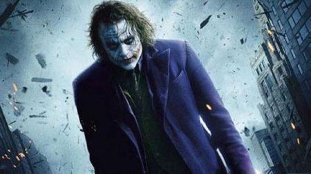 Shirt Vest Tie Gloves Overcoat Suit of Joker (Heath Ledger) in The Dark Knight
