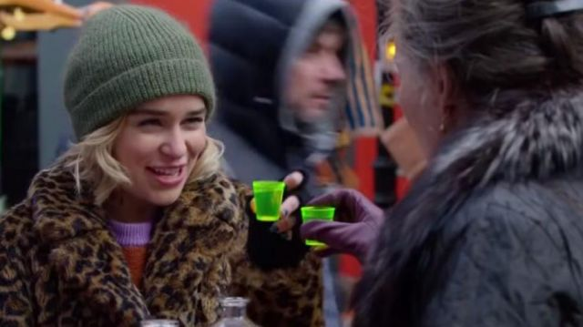 The shots, neon green, Kate (Emilia Clarke) in Last Christmas