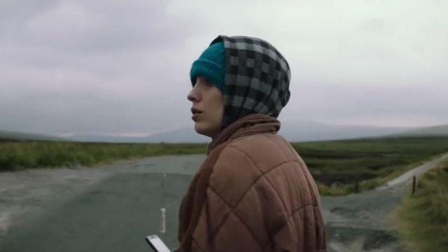 Le bonnet de Stephanie Patrick (Blake Lively) dans The Rhythm Section