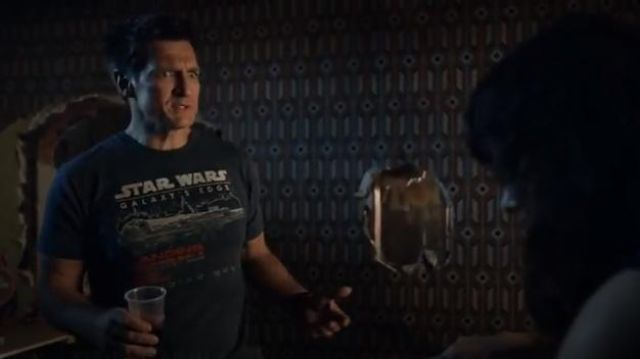 Disneyland Star Wars Galaxy's edge T-shirt worn by John Nolan (Nathan Fillion) in The Rookie Season 2 Episode 1 | Spotern