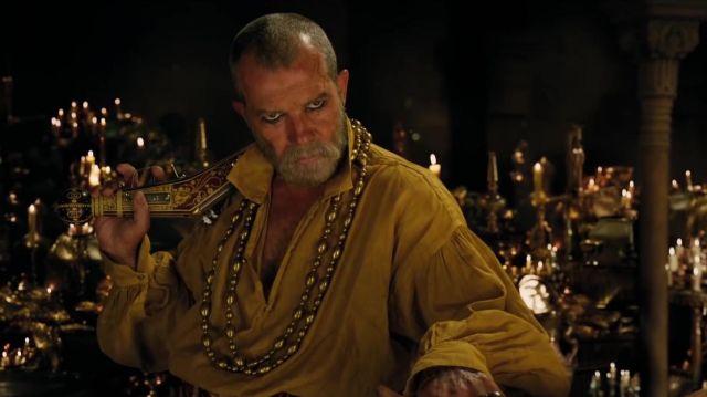 La chemise jaune de Rassouli (Antonio Banderas) dans Le Voyage du Dr Dolittle