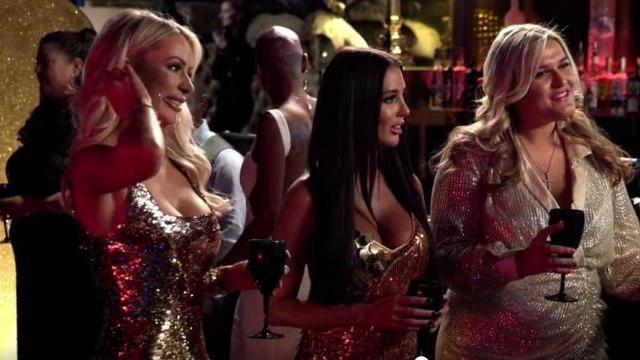 La Maison de Poupées Robe de Paillettes d'Or porté par Olivia Attwood, Le Seul Moyen Est d'Essex Saison 25 Episode 07