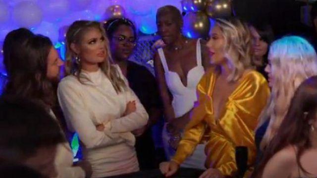 Maison de CB Giorgiana Blanc Cintré Drapé de la Robe portée par Chloe Sims Le Seul Moyen Est d'Essex Saison 25 Episode 07