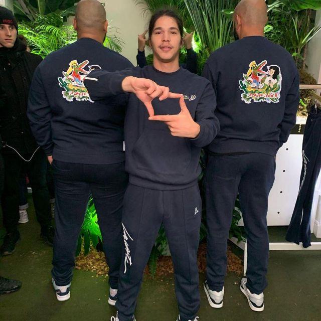 Le pantalon de survêtement Lacoste X Moha La Squale porté par Moha La Squale sur son compte Instagram @mohalasquale