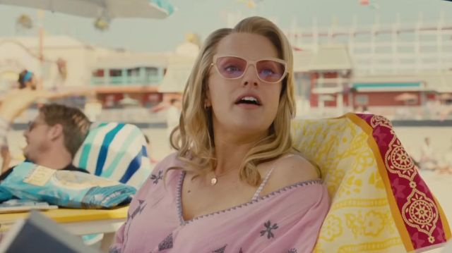 Entourage of 7 Sweetwater sunglasses worn by Kitty Tyler / Dahlia (Elisabeth Moss) in Us