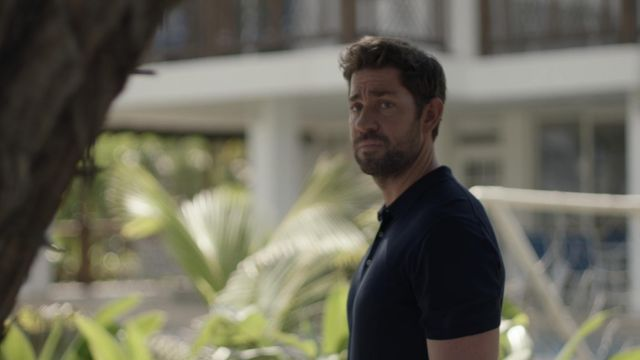 Navy Blue polo shirt worn by Jack Ryan (John Krasinski) in Tom Clancy's Jack Ryan (S02E07)